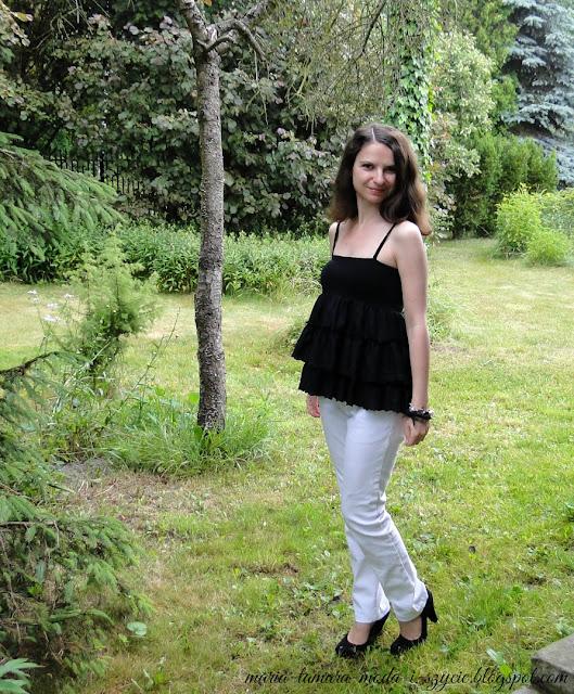 bluzka z falbanami na lato