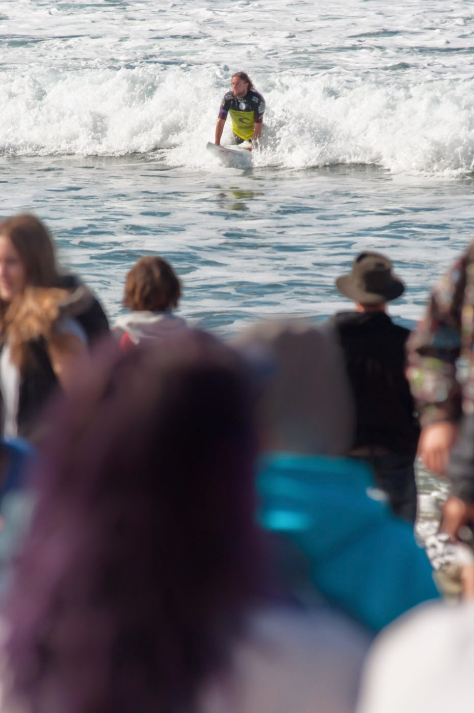 rip curl pro, rip curl, torquay, bells beach, bells, make it ring, 2014, tim macauley, surf, waves, australia, crowds, abstract, blocking, shredding, dissolve series, dissolve