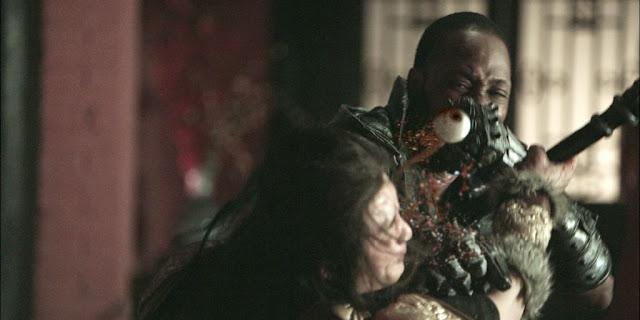 Primeiro filme dirigido pelo rapper RZA do Wu-Tang Clan, ganhou um trailer bastante violento