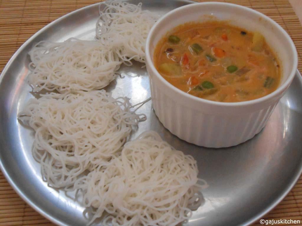Idiyappam served with vegetable stew