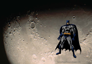 Wallpapers of Batman Dark Knight prepared for action in Moon Light Desktop Wallpaper