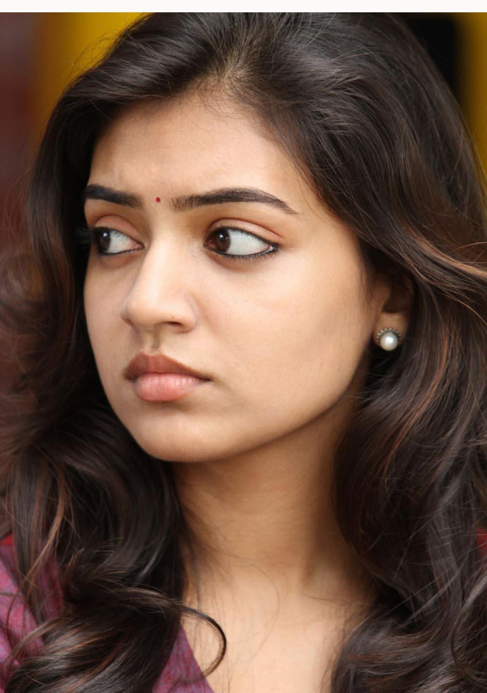 Nasriya cute malayalam actress - Pic Malayalam