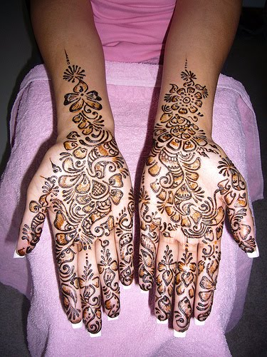These types of Henna designs are mostly designed for parties and functions