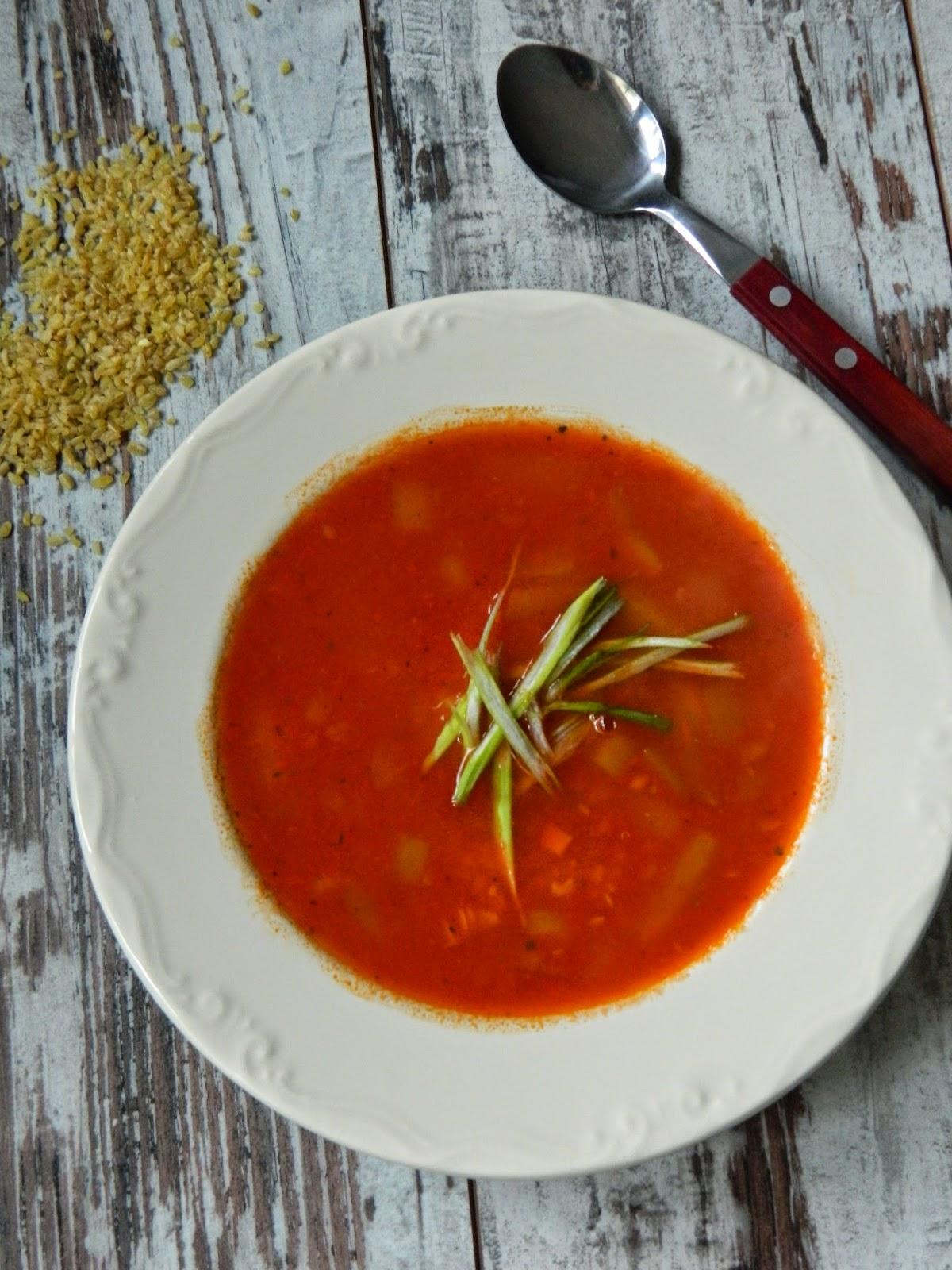 Supa de rosii cu bulgur