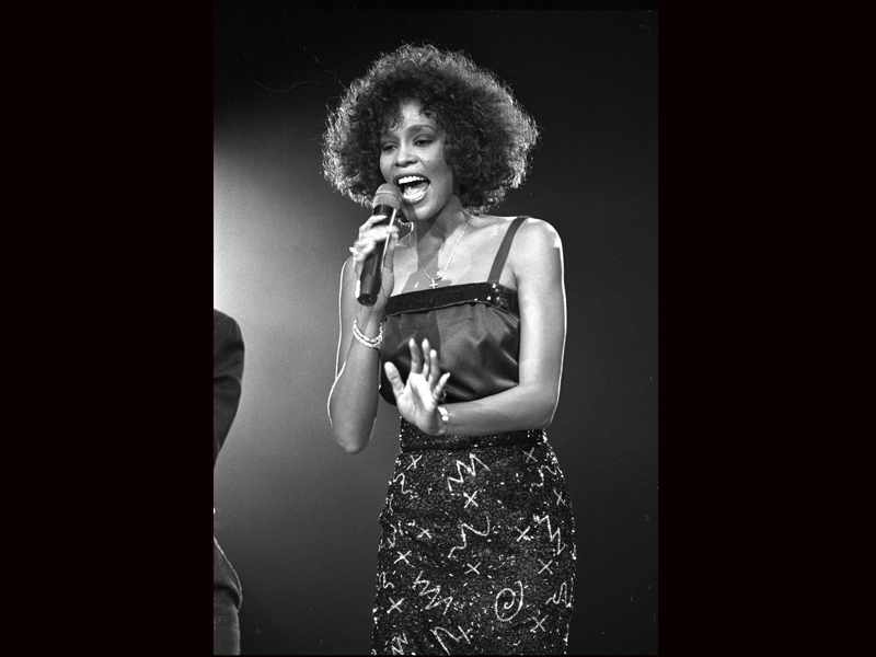 whitney houston research paper Houston has been hailed by many critics as the greatest female singer ever in february 2007, arista studios executive and music mogul clive davis claimed that houston is the best singer in the world today alongside aretha franklin.