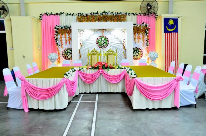 set meja makan pengantin