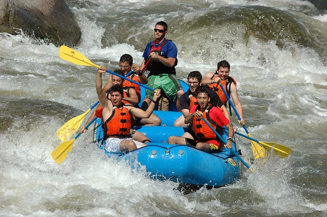 Rafting-in-Idaho_River