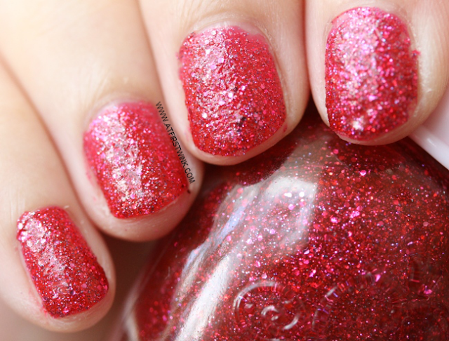 Etude House nail polish RD302 - Ruby Red Sand