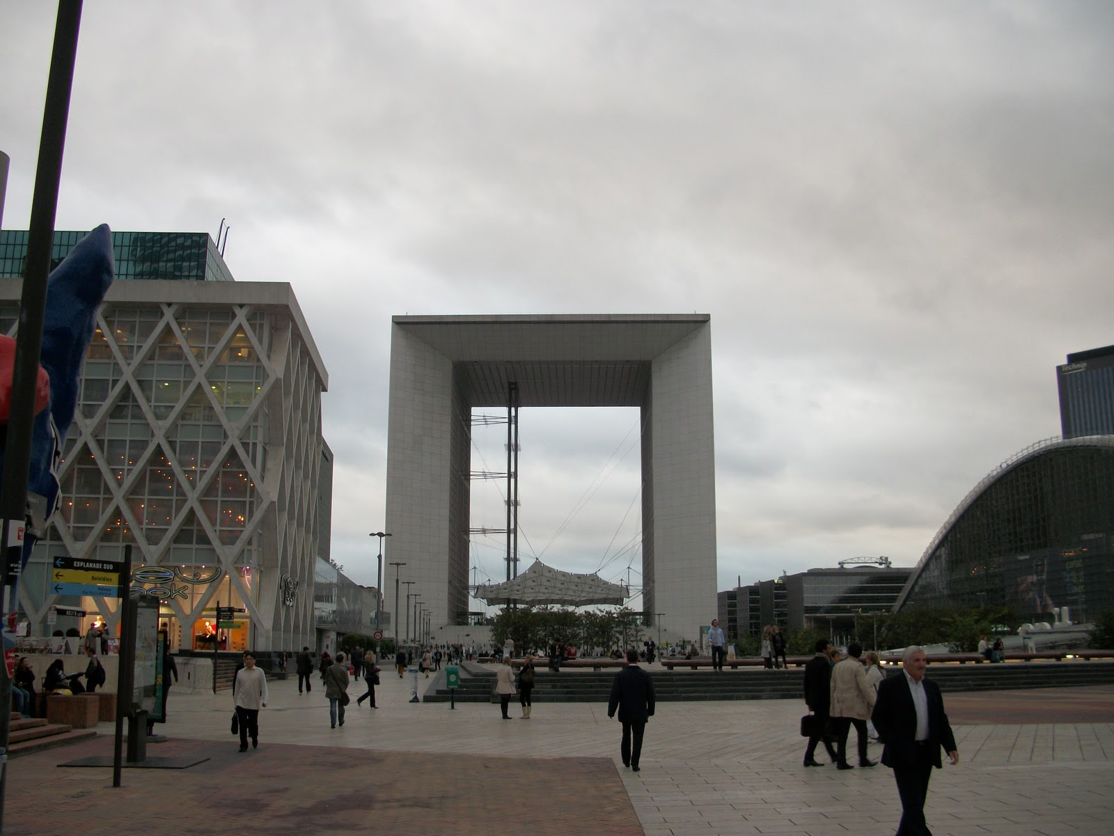 Castorama la defense lovely horaire castorama la defense - Horaire castorama bron ...