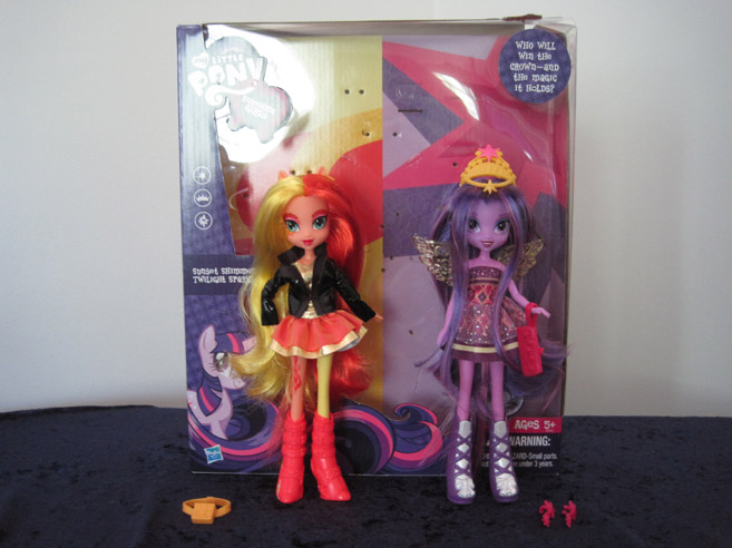 MLP: Equestria Girls two pack of Sunset Shimmer and Twilight. Includes Twilight's crown.