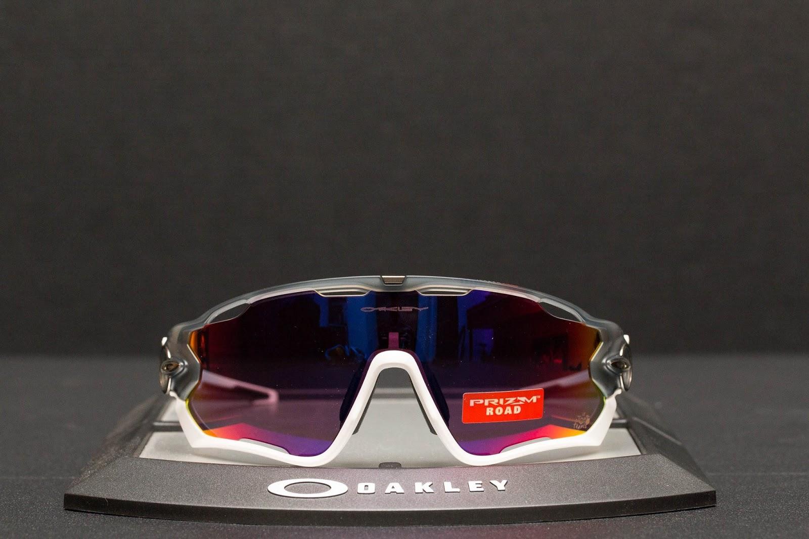 lunette oakley jawbreaker tour de france