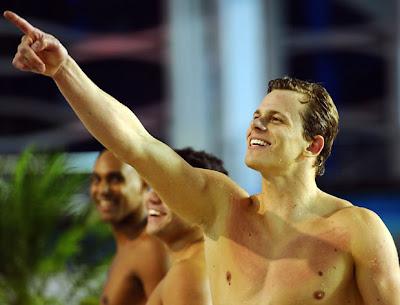 Com 1,95 m e 25 anos, Cesar Cielo é a aposta brasileira na natação. Ouro nos 50 m livres em Pequim, o atleta ganhou quatro medalhas nos mundiais de 2009 e 2011 (Foto: Ezra Shaw/Getty Images)