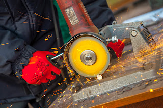 safety rules for working with angle grinder