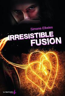 http://lesreinesdelanuit.blogspot.fr/2015/10/irresistible-fusion-de-simone-elkeles.html