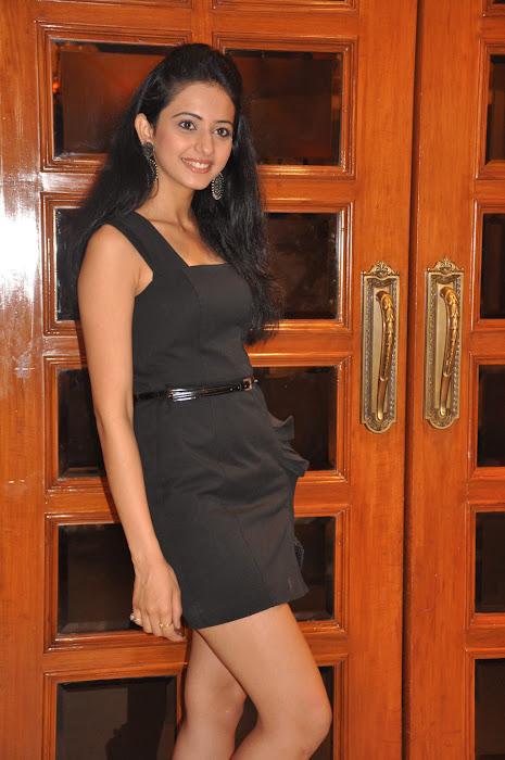 rakul preet singh spicy shoot actress pics