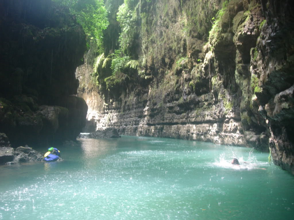 green-canyon-Pangadaran.jpg