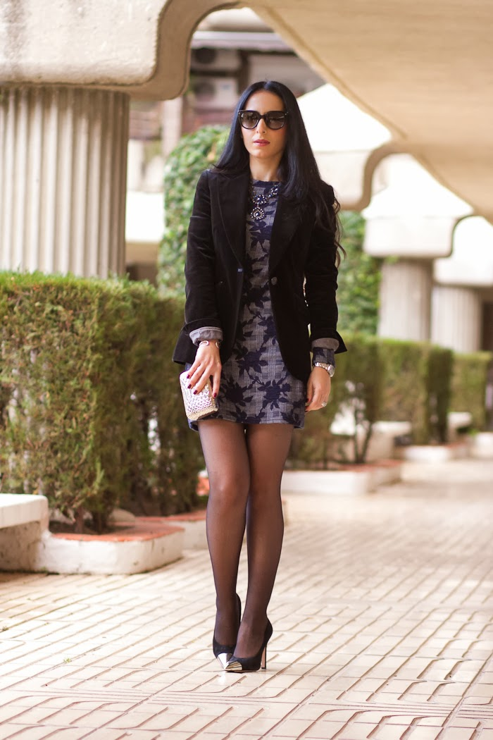 Fashion Blogger in a Floral Dress and Velvet Blazer by Zara