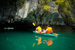 Ha Long kayak