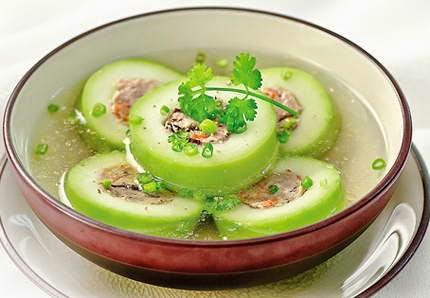 Vietnamese Soup Recipes - Canh bí xanh nhồi tôm thịt