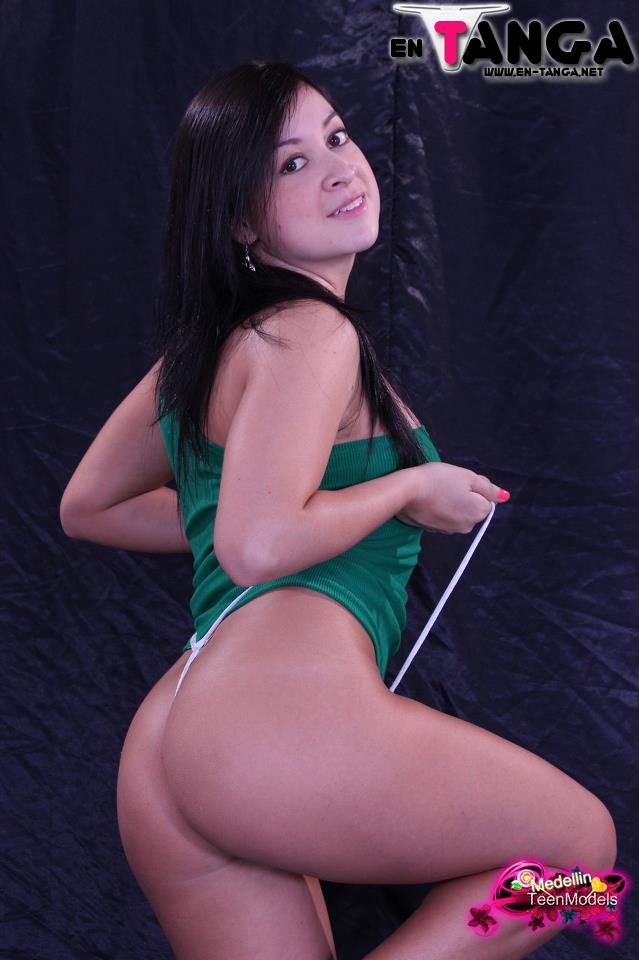 Modelo Colombiana de Medellin Teen Models