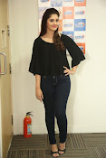 surabhi latest gorgeous looking pics-thumbnail-16