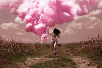 """""""Con lo bonito que sería no estar huyendo constantemente de unas tristezas para caer en otras."""