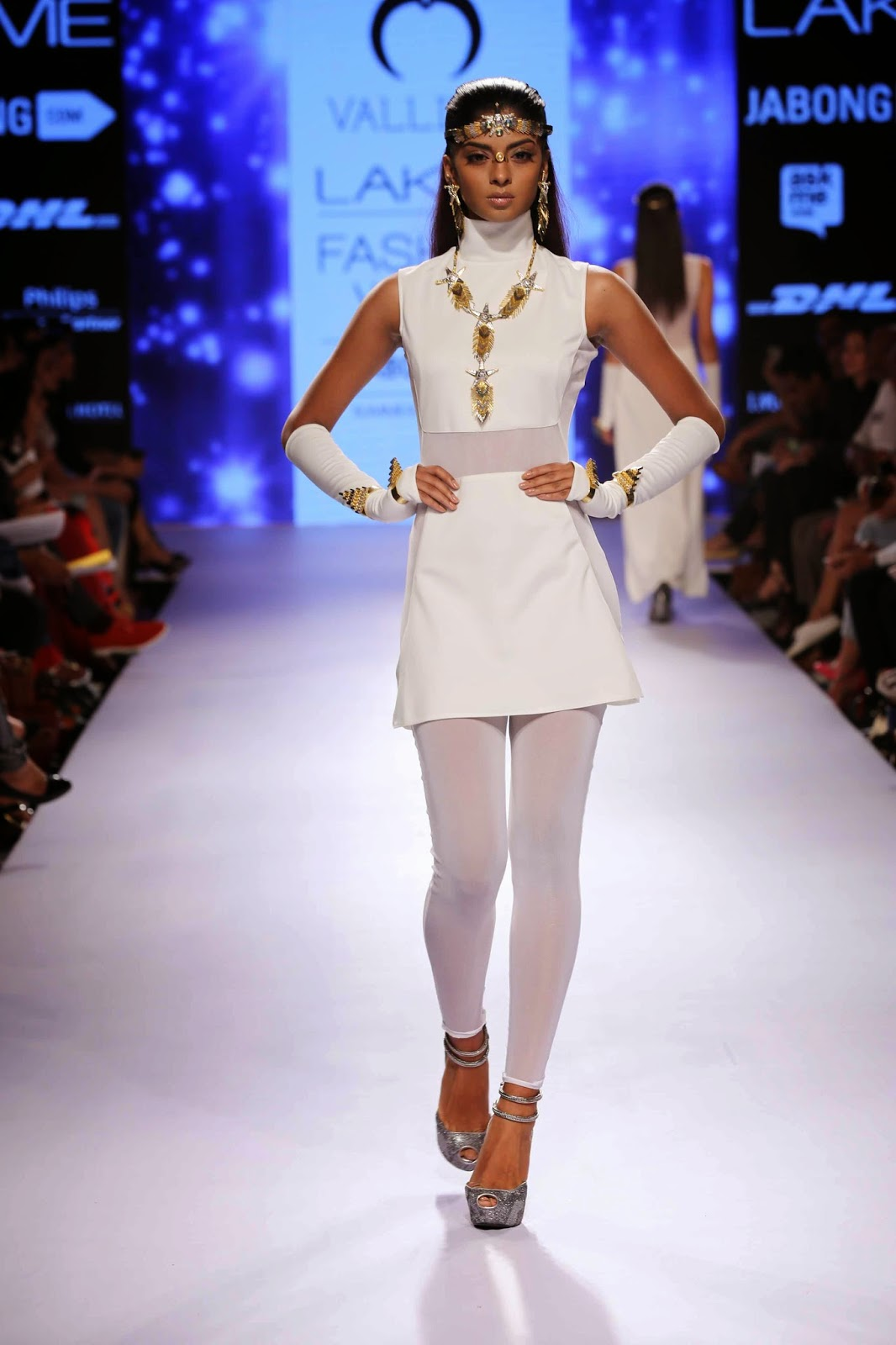 http://aquaintperspective.blogspot.in/,Nitya Arora's jewellery collection for her 'Valliyan'