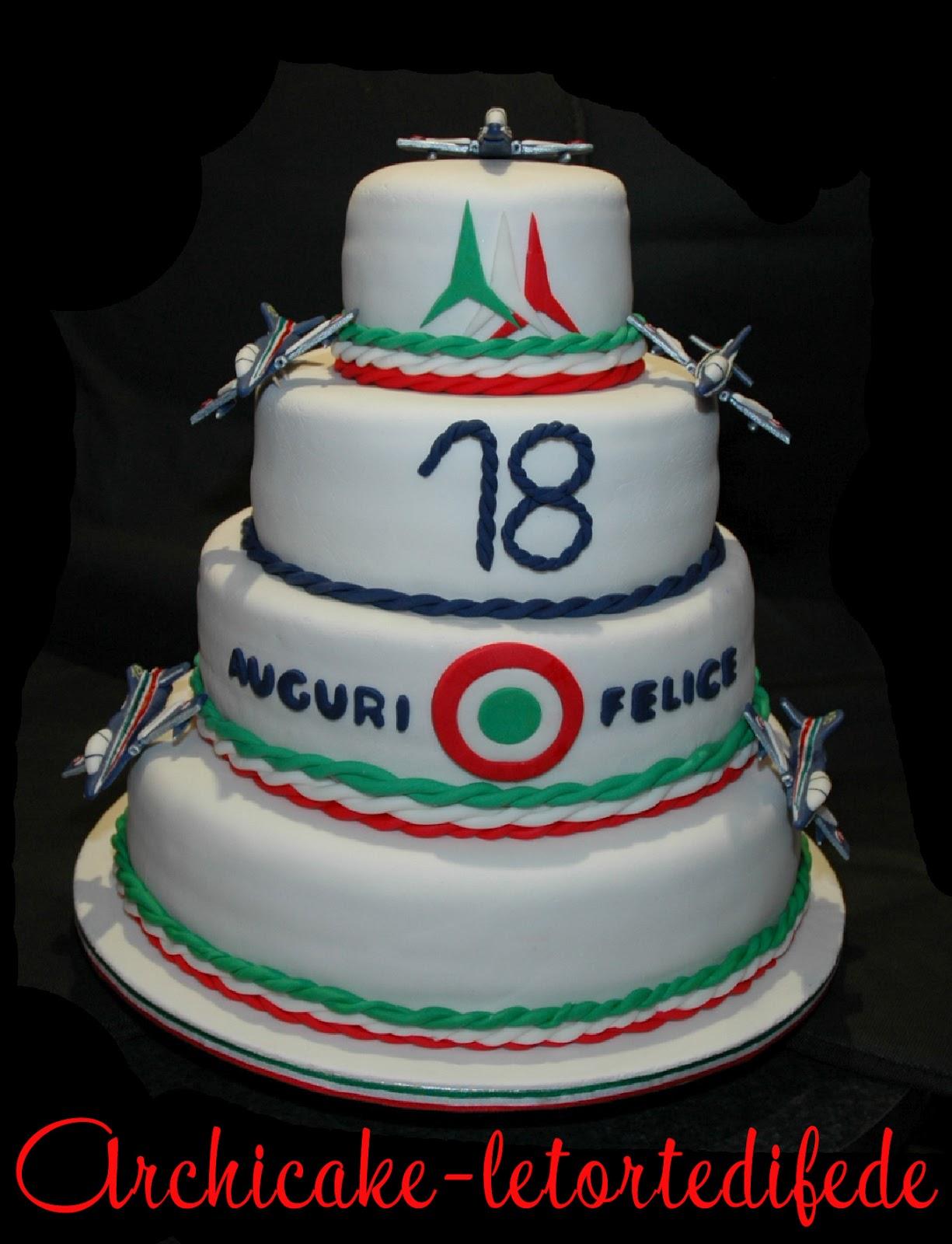 Archicake le torte di fede torta frecce tricolore for Torte 18 anni ragazzo
