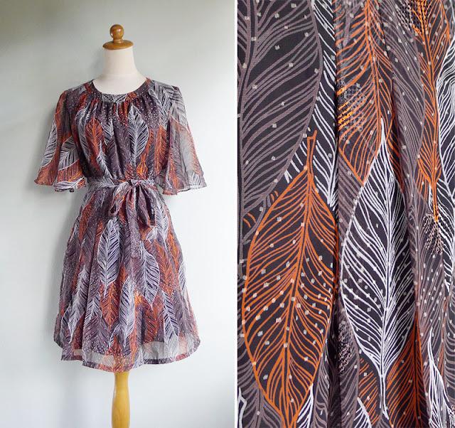 vintage 1970's flutter bell sleeve dress