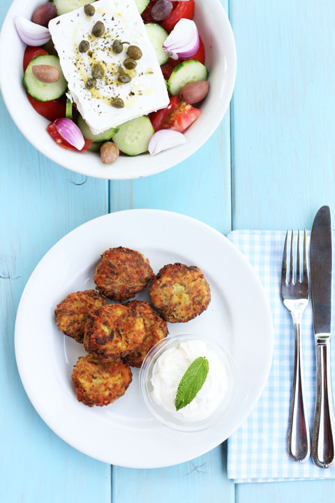 Zucchini fritters and choriảtiki salad - a light summer meal: cookmegreek