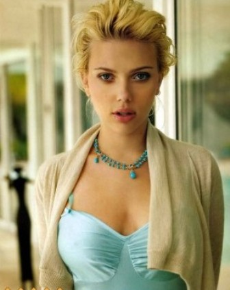 hot scarlett johansson wallpapers. Scarlett Johansson wallpaper