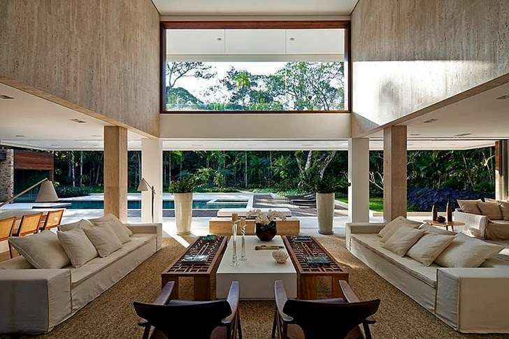 Living room in Contemporary Iporanga House by Patricia Bergantin Arquitetura