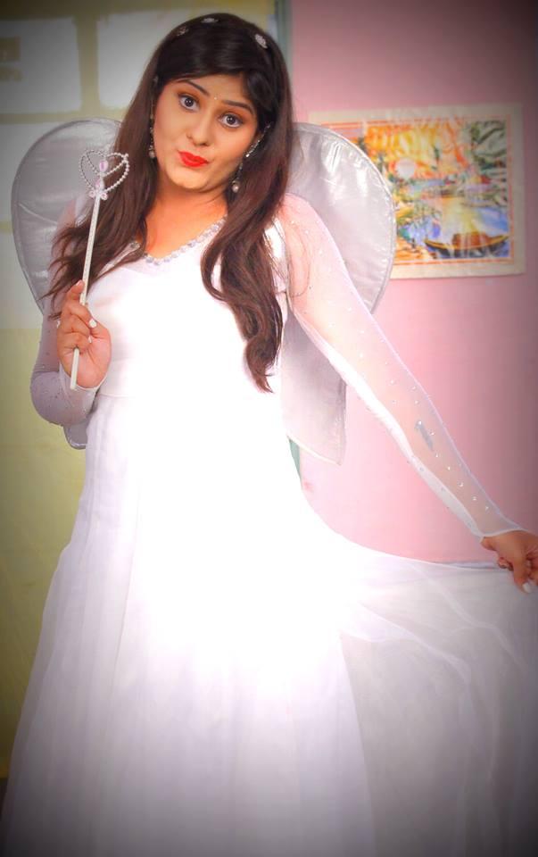 Neha Shree Beautiful Pari Style HD Wallpaper, Photos, IMAges, Pics in White