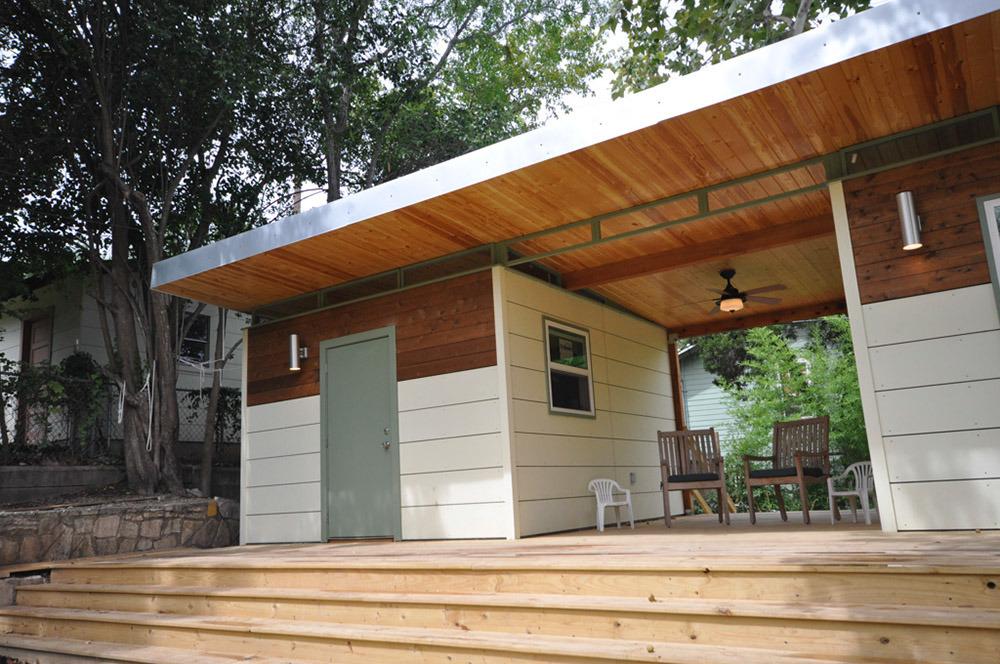 Small prefab homes prefab cabins prefab cabins studios for Prefab studio shed