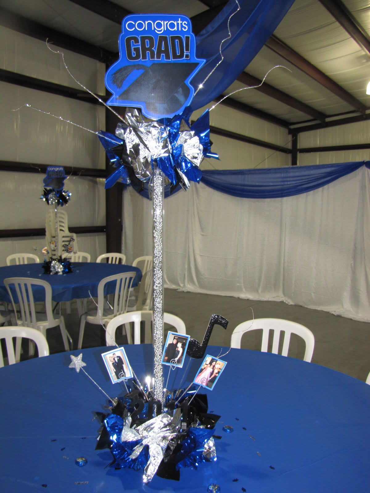 Party people event decorating company graduation decor for Balloon decoration ideas for graduation