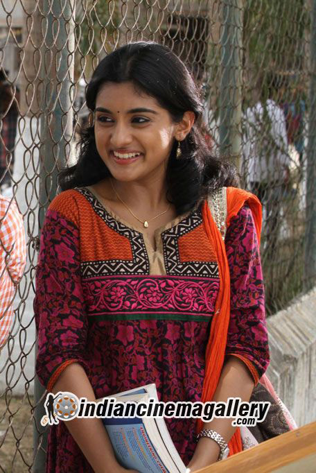 Niveditha Thomas Cute Photos In Churidar  U00ab Mallufun Com