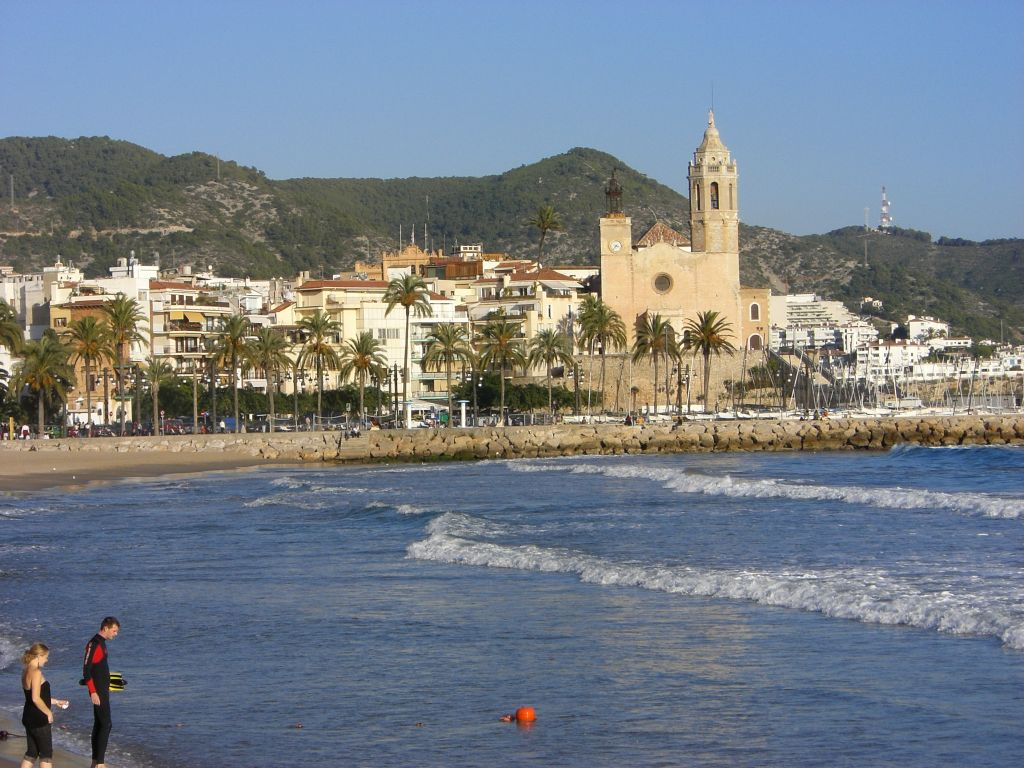 Barcelona castelldefels beach beautiful places of barcelona and catalonia - Sitges tourist information office ...