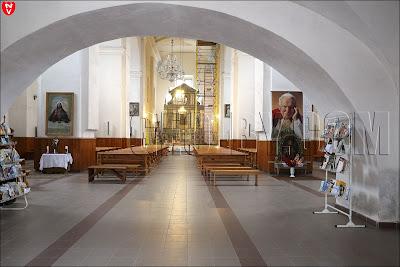 Внутреннее убранство костела Святого Иосифа