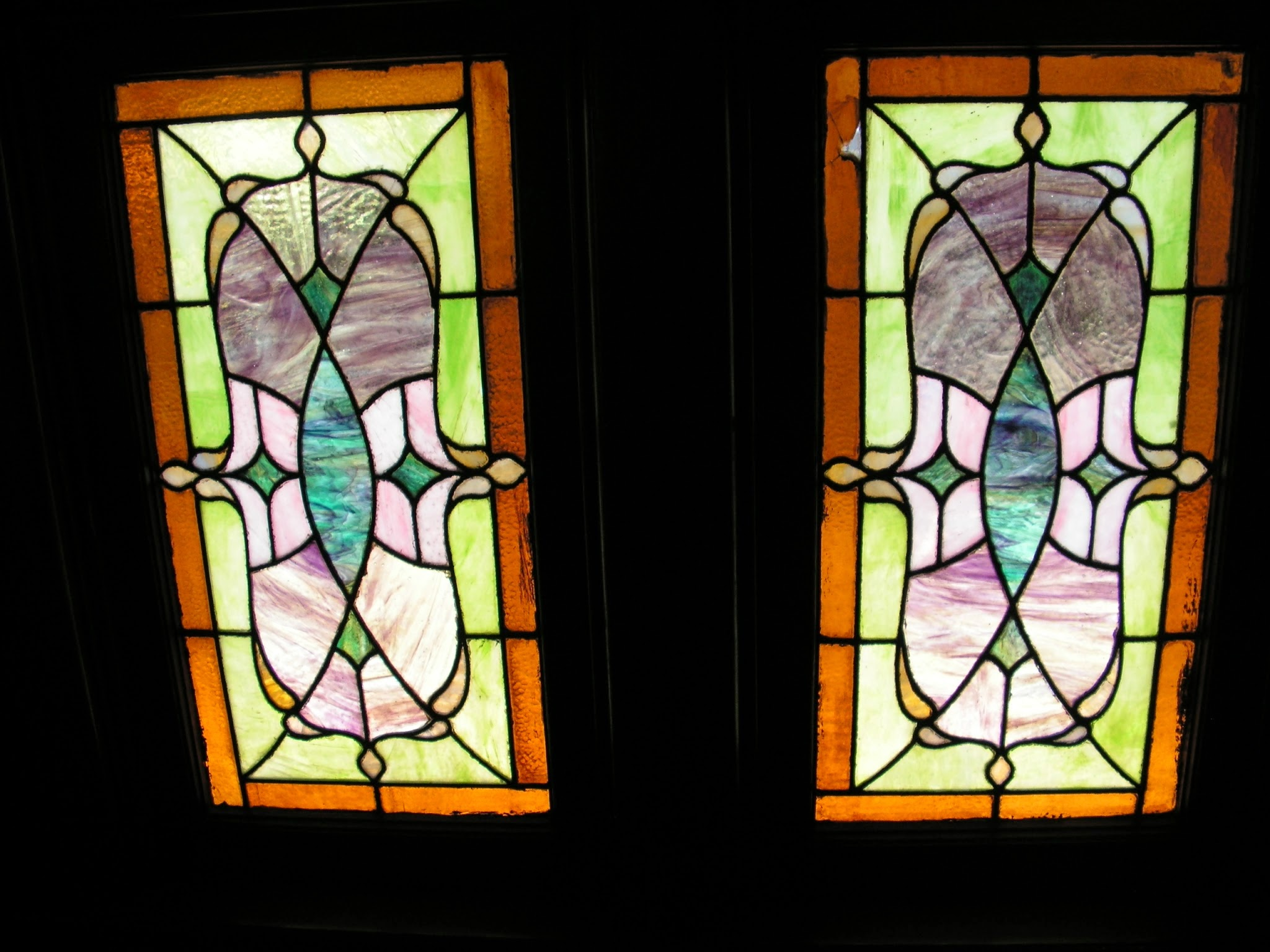 1900 victorian home restoration stained glass windows for 1900 stained glass window