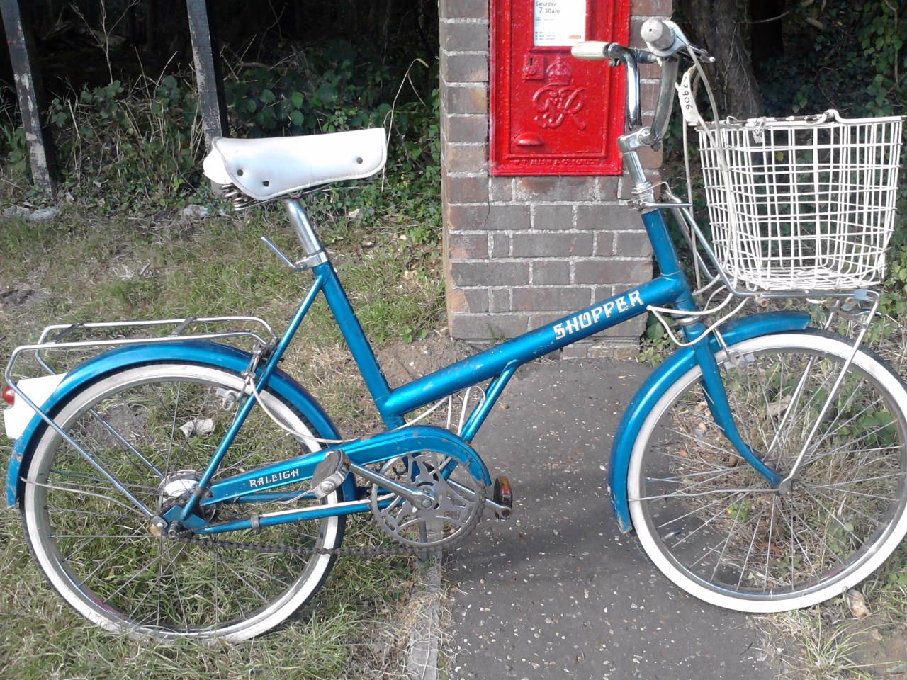 norwich charity bike auction raleigh shopper vintage. Black Bedroom Furniture Sets. Home Design Ideas