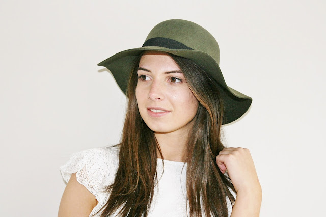 Katherine Penney Chic Sale Shopping Style Haul accessorize Hats Jewellery Shoes  Khaki Pretty Classic Delicate