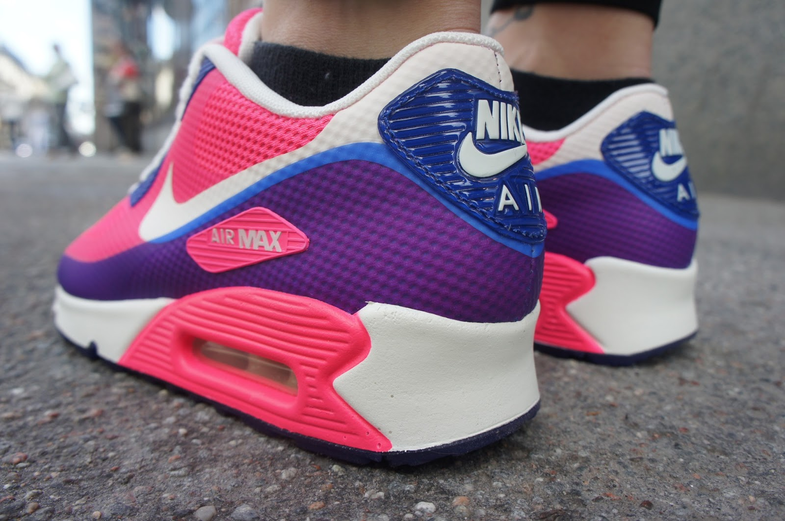 The Caliroots Blog  Weekend update X Womens Nike Air Max Hyp