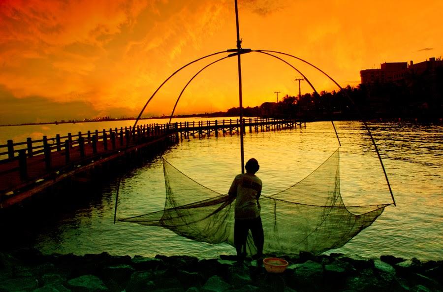 Seorang Nelayan menjadi Penjala Manusia