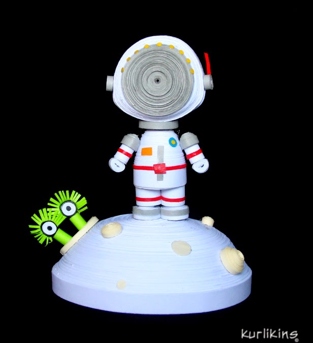 space, paper, art, astronaut, quilling, 3D Quilling, moon, alien, Chris Hadfield,