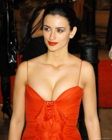 penelope cruz january 2011. Jan 26, 2011 · Penelope Cruz#39;s
