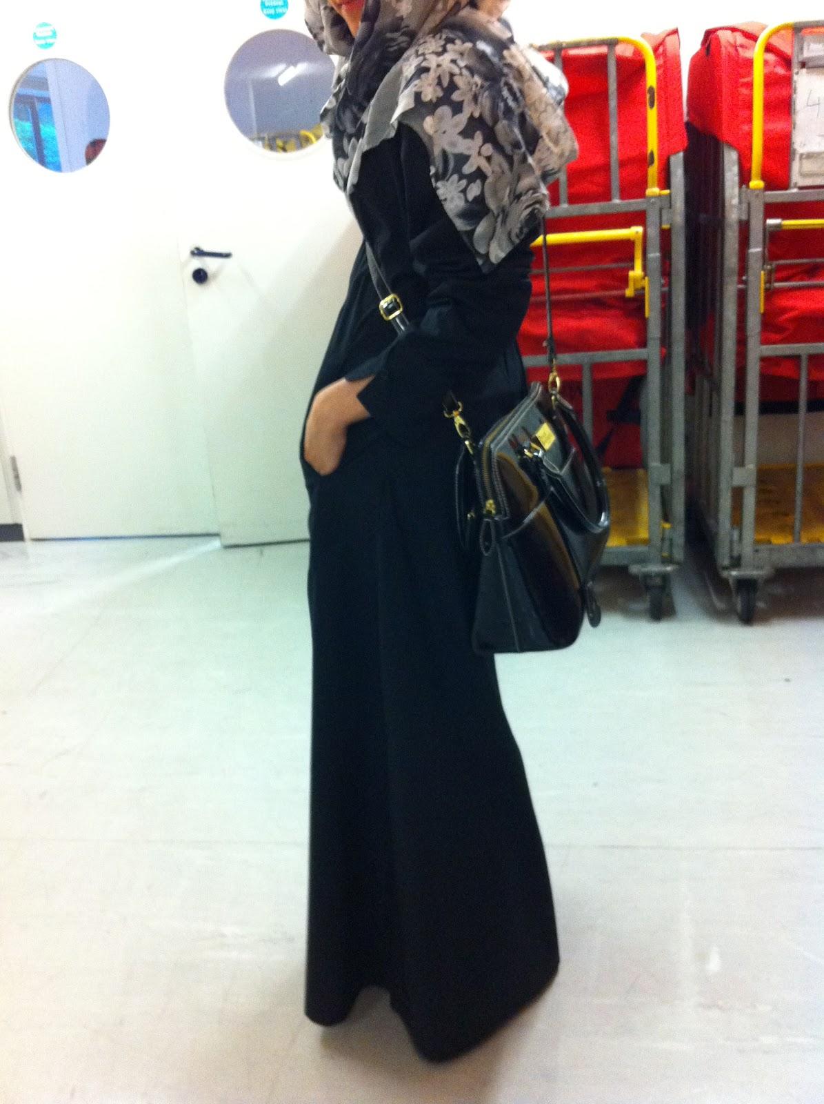 dina toki o lazy doll islamic design house silk route jilbab