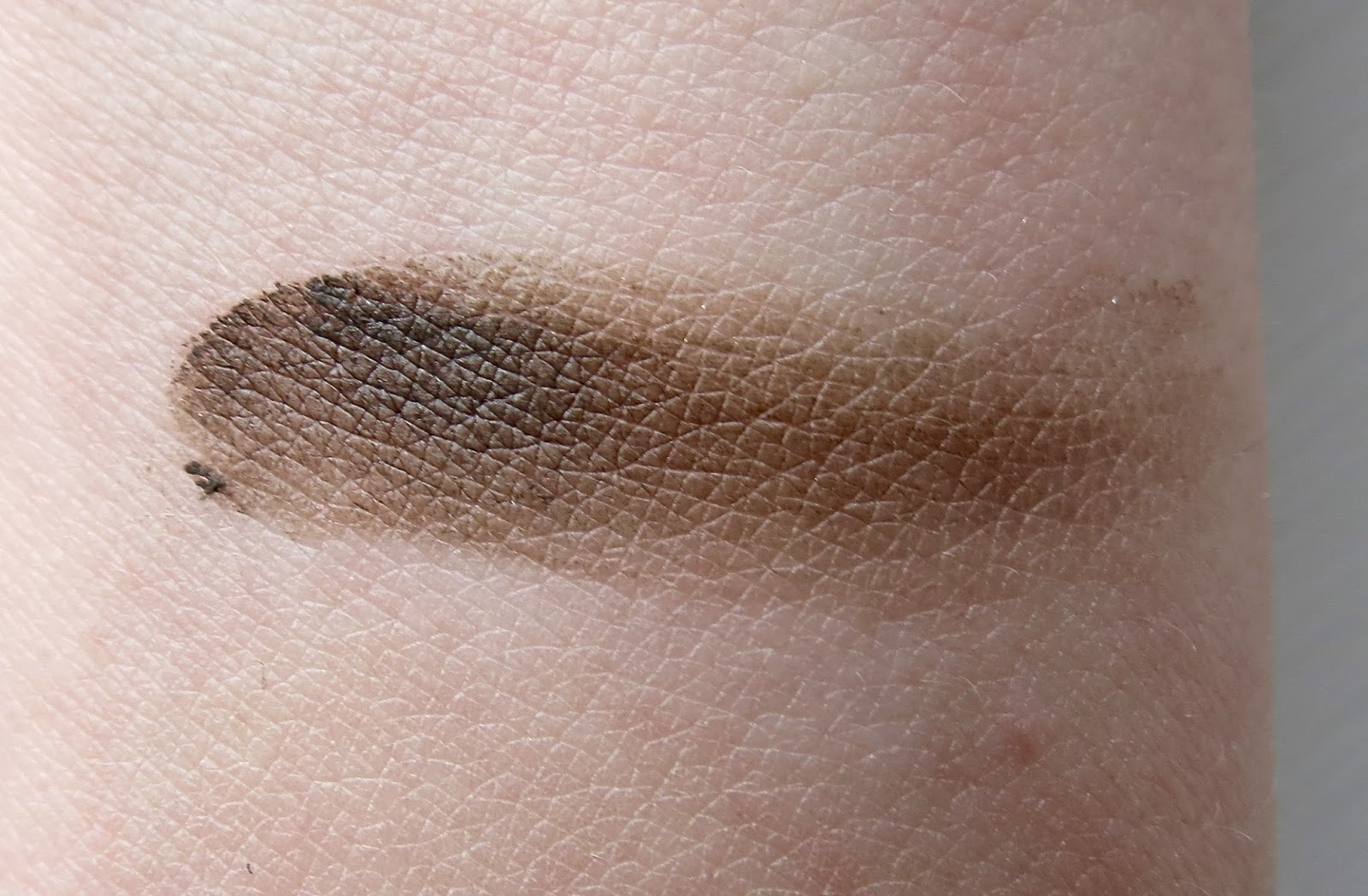 Laura Lucie Anastasia Dipbrow Pomade Clear Brow Gel Review