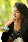 Ulka Gupta glamorous photos-thumbnail-17