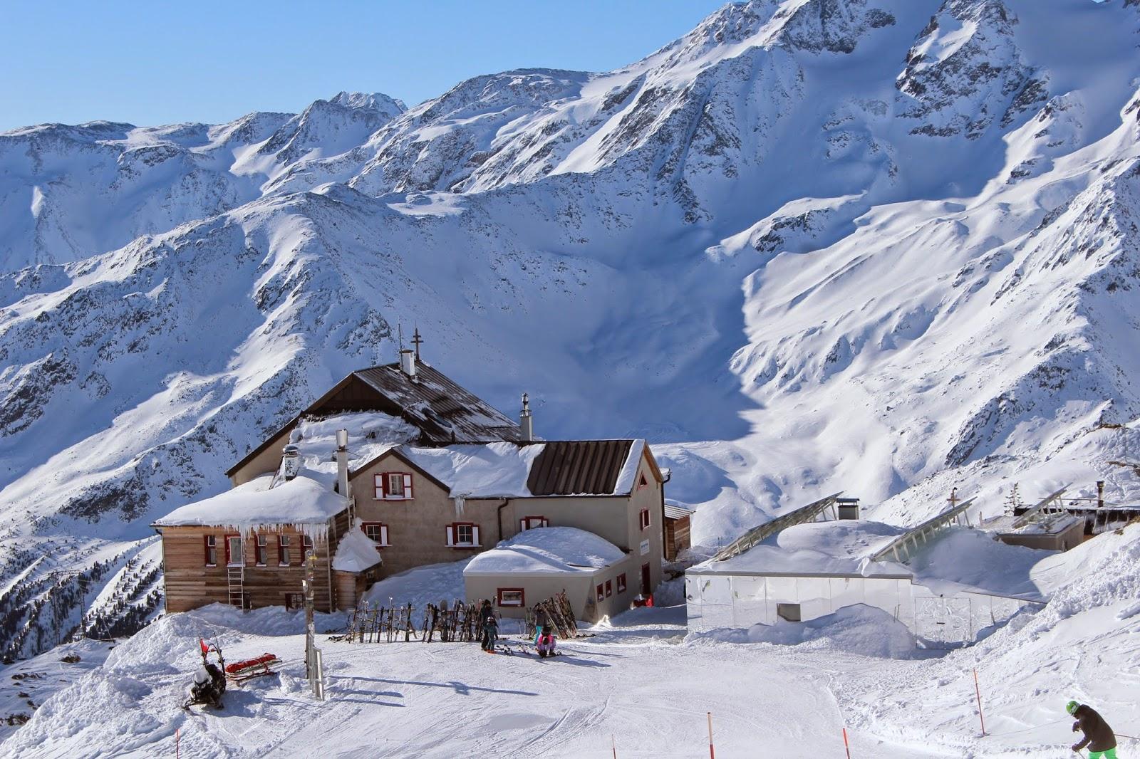 drewniana chatka włochy, drewno, old wood ski,val senales, alpy, ferie we włoszech, gdzie na narty z dziećmi, szkółka polska we włoszech, blog diy, wnętrza, inspiracje