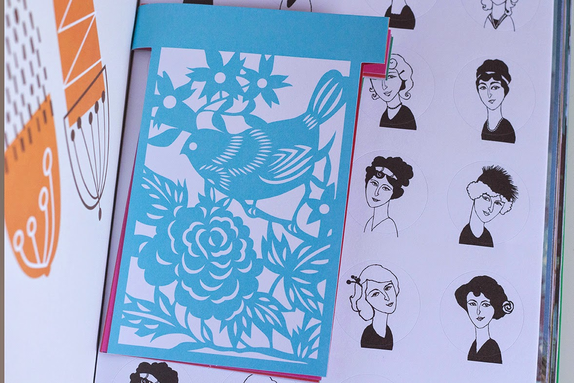 blue garland and portraits in Book for paper lovers II
